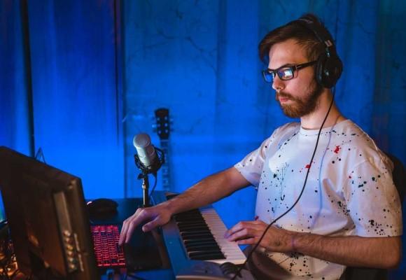 Casques de studio vs casques audio ordinaire