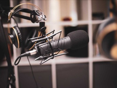 Micrófonos de condensador vs micrófonos dinámicos